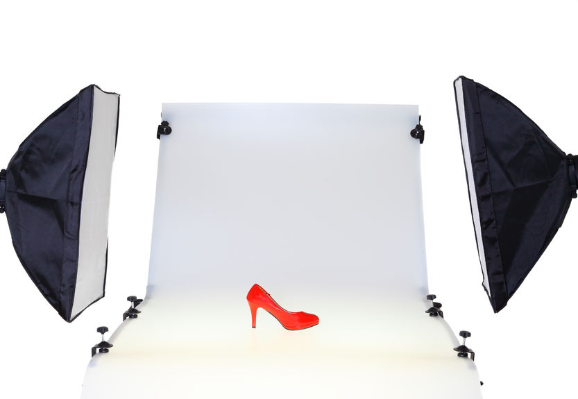 33627309 - photo table in the photo studio